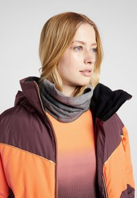 Roxy - SUMMIT  - Snowboard jacket - grape wine - 7