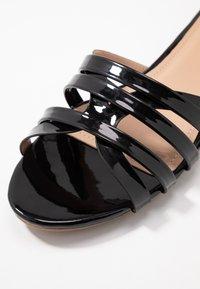 co wren - PAO - Sandales - black - 2