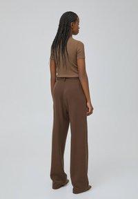 PULL&BEAR - Print T-shirt - dark brown - 3