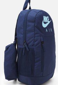 Nike Sportswear - ELEMENTAL UNISEX - School set - midnight navy/midnight navy/psychic blue - 3
