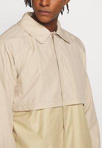 Gloverall - MENS CAR COAT - Krátký kabát - beige - 5