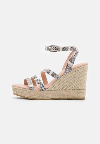 Sandales à plateforme - light grey