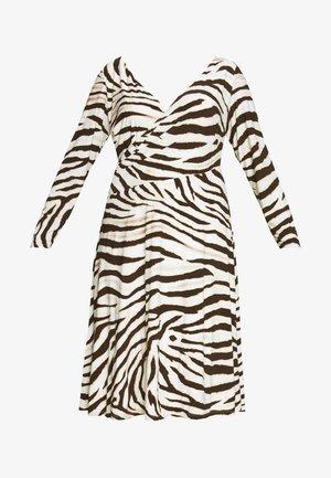 POLLY DAY DRESS - Jersey dress - cream/brown