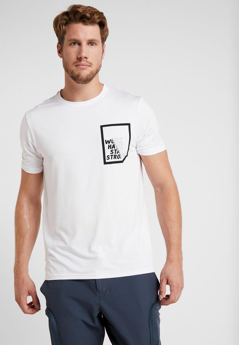 Your Turn Active - T-shirt imprimé - white
