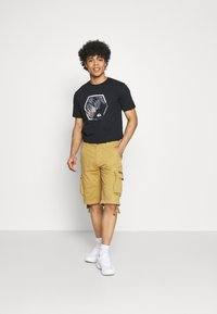 Quiksilver - FADING OUT  - T-shirt con stampa - black - 1