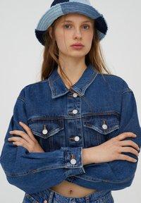 PULL&BEAR - Denim jacket - mottled blue - 3