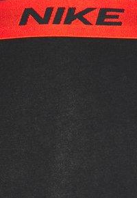 Nike Underwear - DAY STRETCH TRUNK 3 PACK - Onderbroeken - team orange/cargo khaki/black - 8