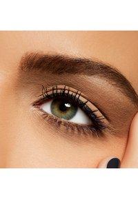 MAC - EYE SHADOW - Eye shadow - omega - 3