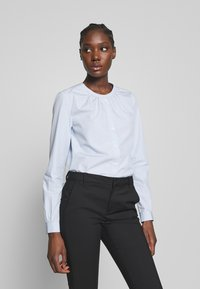 Tommy Hilfiger - TH ESSENTIAL LEASHIRT LS W4 - Blouse - breezy blue - 0