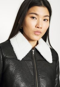 Who What Wear - ZIP FRONT JACKET - Faux leather jacket - black/cream - 3