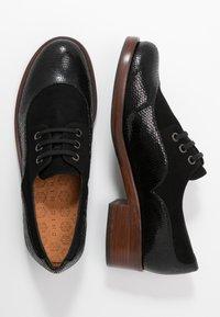 Chie Mihara - XALIS - Šněrovací boty - black - 3