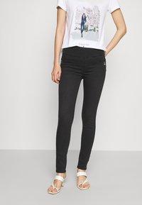 Patrizia Pepe - PANTS - Jeans Skinny Fit - black wash - 0
