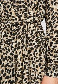 Great Plains London - CARA LEOPARD - Denní šaty - beige - 5