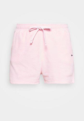 Shorts - romantic pink