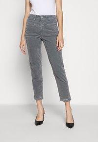 CLOSED - PEDAL PUSHER - Pantalones - grey stone - 0