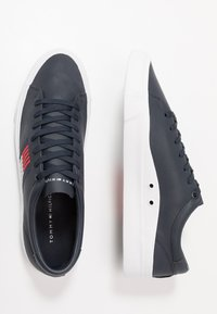 Tommy Hilfiger - CORPORATE  - Sneakers basse - blue - 1