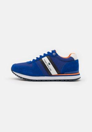 Sneakers laag - royal