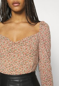 Missguided - DITSY MILKMAID SLIT CUFF - Blouse - multi - 6