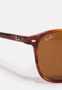 Ray-Ban - LEONARD - Sunglasses - havana - 4