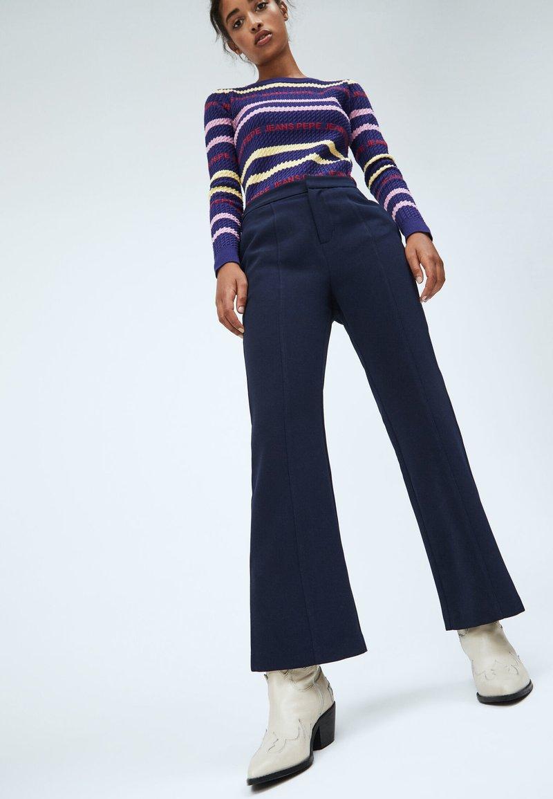 Pepe Jeans - Tracksuit bottoms - dunkel ozaen blau