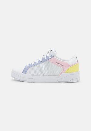 FORUM UNISEX - Trainers - footwear white/violet tone/clear pink
