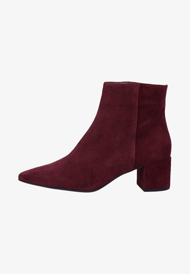 STIEFELETTE - Classic ankle boots - bordeaux