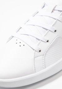 Lacoste - NOVAS - Trainers - white/grey - 5