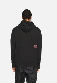 Jordan - HOODIE - Sweatshirt - black/cyber - 2