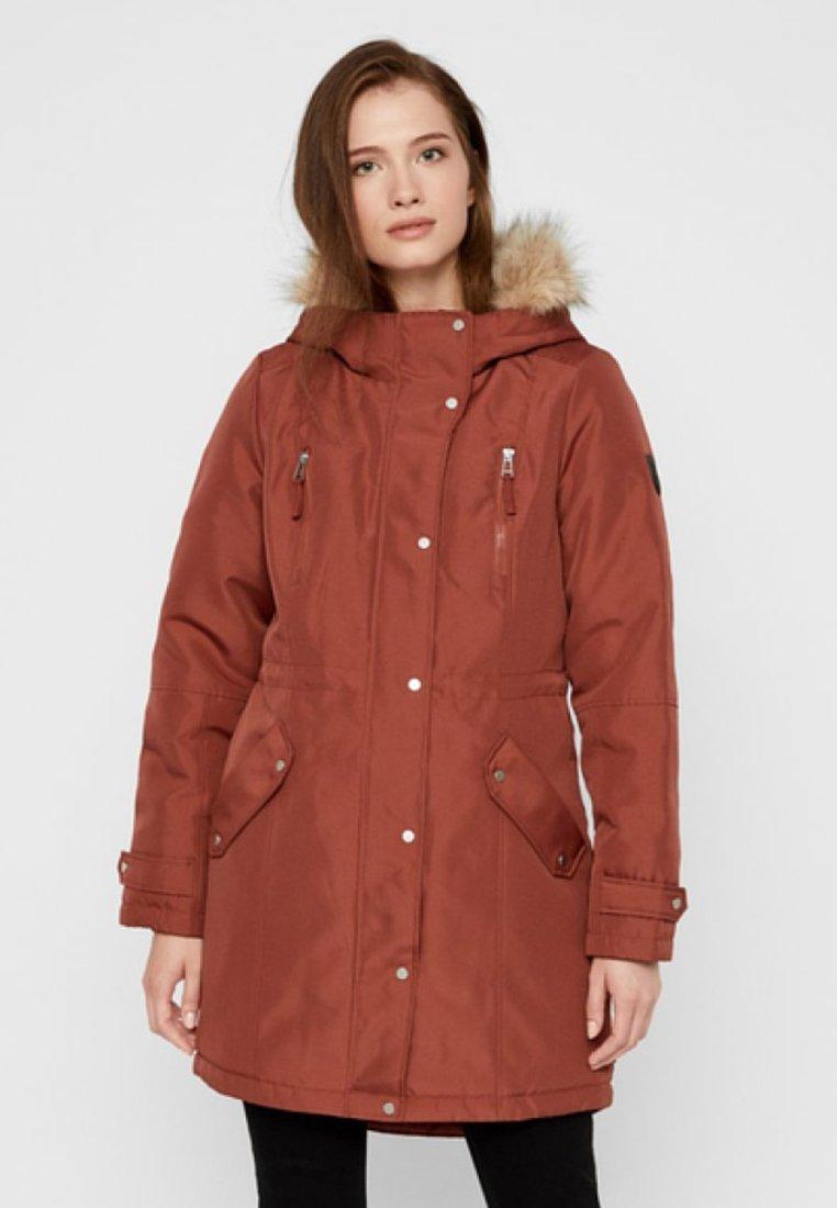 Vero Moda - VMTRACK EXPEDITION - Winter coat - brown
