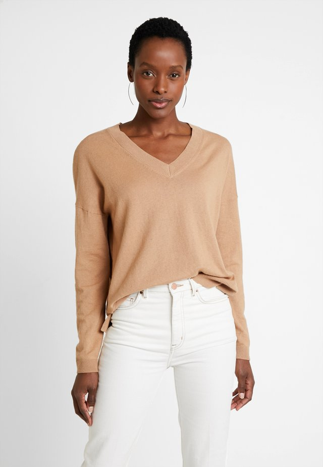 Pullover - camel