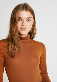 Vila - VINELLA - Long sleeved top - caramel café