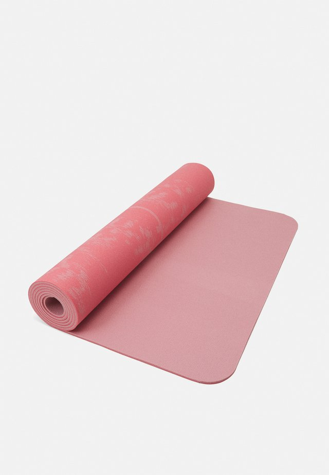 EXERCISE MAT CUSHION 5MM - Fitness / Yoga - brilliant pink