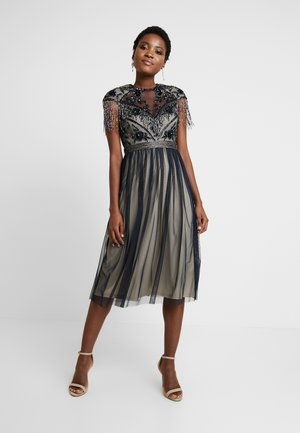 SAVANNA MIDI - Vestito elegante - navy/cream