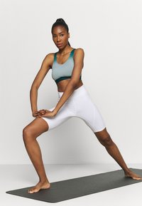 Even&Odd active - Sports bra - teal - 1