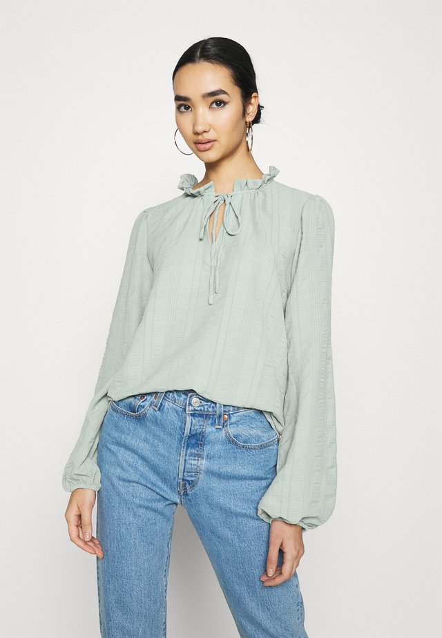 Blouse - oil green