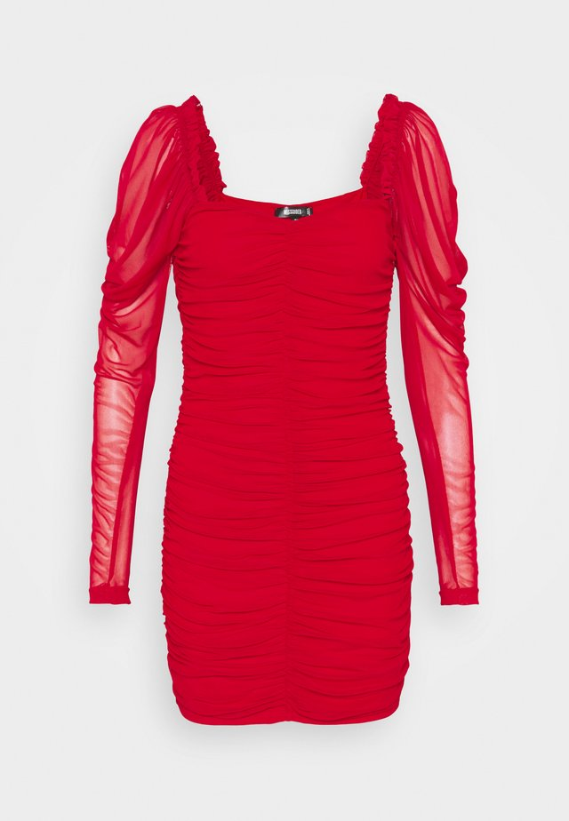 RUCHED MINI DRESS - Vestido de tubo - red