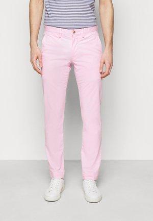 BEDFORD PANT - Chino - carmel pink