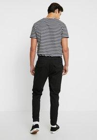 Solid - TRUC CUFF - Trousers - black - 2
