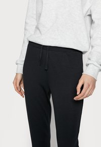 Even&Odd Tall - LOUNGEWEAR JOGGERS - Tracksuit bottoms - black - 3