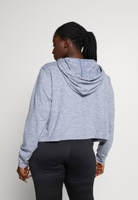 Nike Performance - YOGA CROP PLUS - Camiseta de deporte - diffused blue - 2