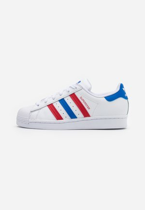 SUPERSTAR SPORTS INSPIRED SHOES UNISEX - Sneakersy niskie - footwear white/blue/scarlet