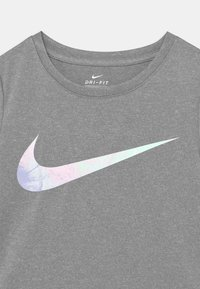 Nike Sportswear - SKY DYE TEMPO SET - T-shirt print - arctic punch - 3