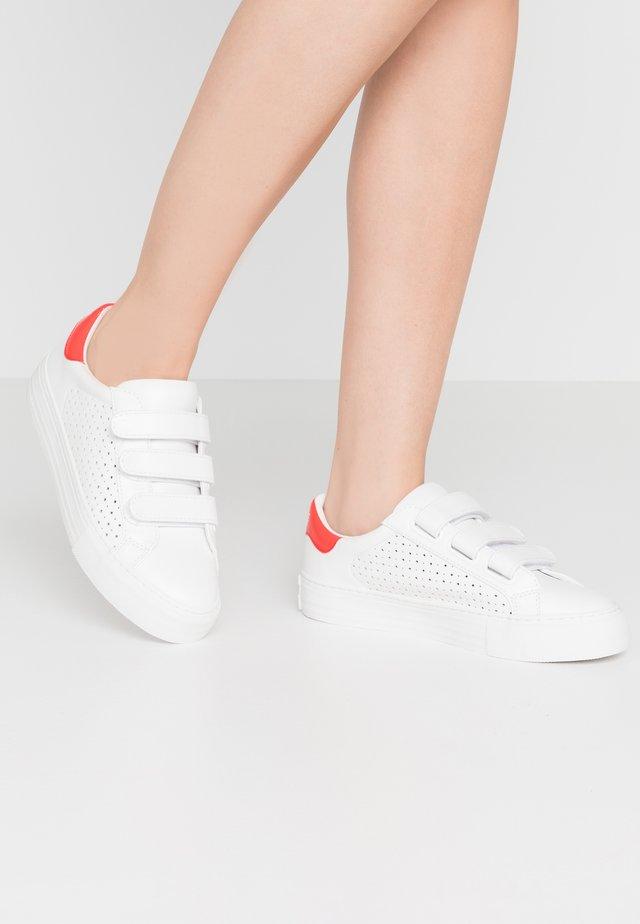 ARCADE STRAPS - Baskets basses - white/poppy