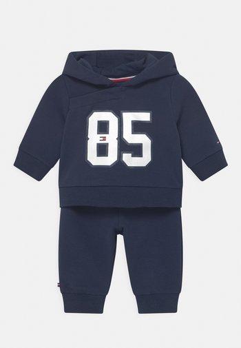BABY HOODED SET UNISEX - Tracksuit - blue