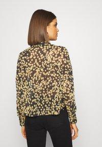 Tommy Jeans - GATHER DETAIL BLOUSE - Button-down blouse - black/yellow - 2