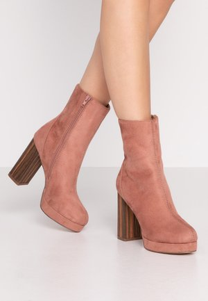 High heeled ankle boots - rose
