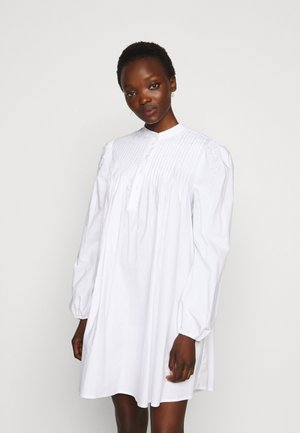 VITA THINK TWICE - Robe chemise - bright white