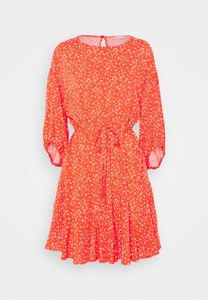 JOLENE DRESS - Vestido informal - red