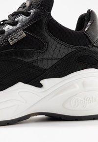 Buffalo - Sneaker low - black - 2