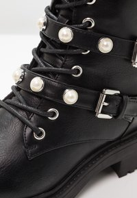 Bullboxer - Cowboy/biker ankle boot - black - 3
